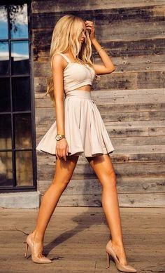 дългите крака са на мода