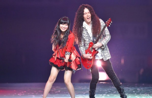 Megadeths-Marty-Friedman-Explains-Why-Hes-a-Fan-of-AKB48s-Summer-Hit-Labrador-Retriever-620x400