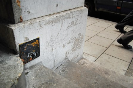 Pahnl Chasing Dogs Tile Street art