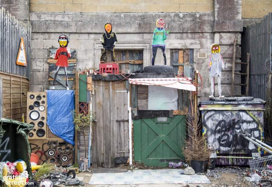 Banksy-Dismaland-GraffitiStreetdotcom-026