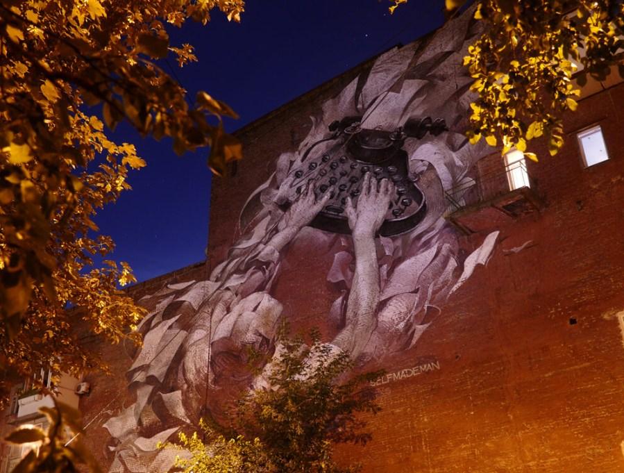 Alexander Grebenyuk street art kiev photo credit Amos Chapple:Radio Free Europe 5