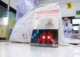 Space2, last tests before leaving : Photo - ESA space invader