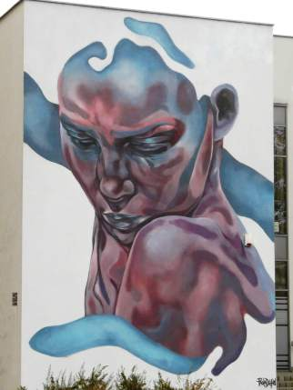 Paola Delfin, Urban Forms street art gallery, Lodz, Poland.