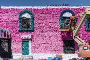 justin-favela-progress-life-is-beautiful-street-art-festival-downtown-las-vegas-photo-credit-justkids