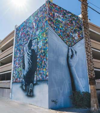 martin-whatson-final-life-is-beautiful-street-art-festival-downtown-las-vegas-photo-credit-justkids