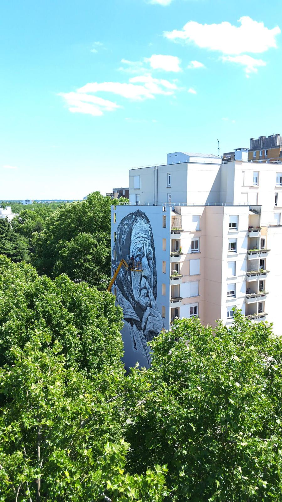 ECB Hendrik Beikirch, Wall Street Art, Evry, Paris. Photo Credit Mathgoth gallery
