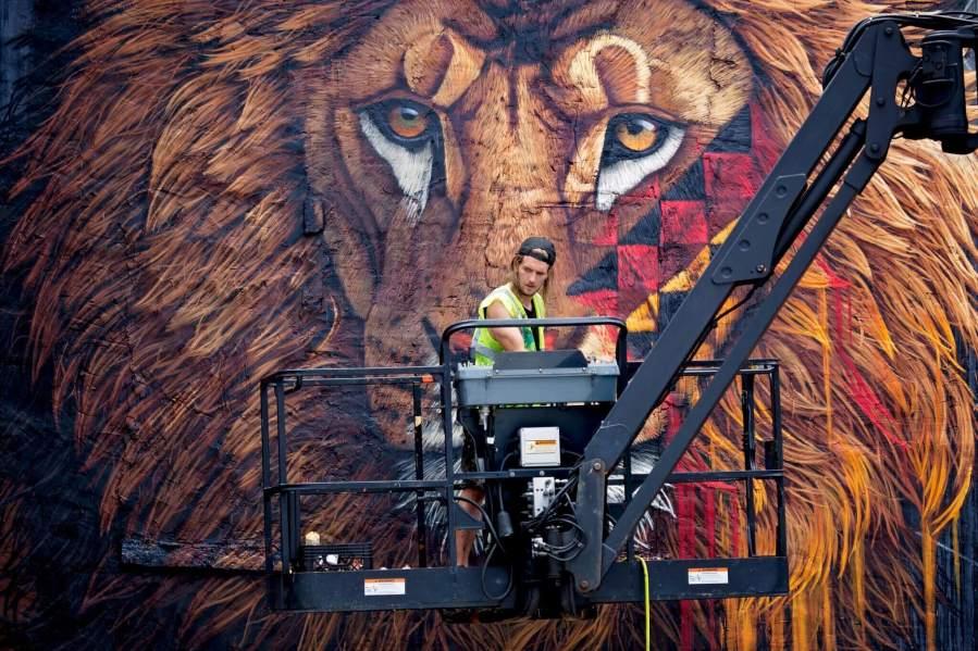 Sonny, Lion Street Art Mural, New York City To the Bone 2017. Photo credit John Domine