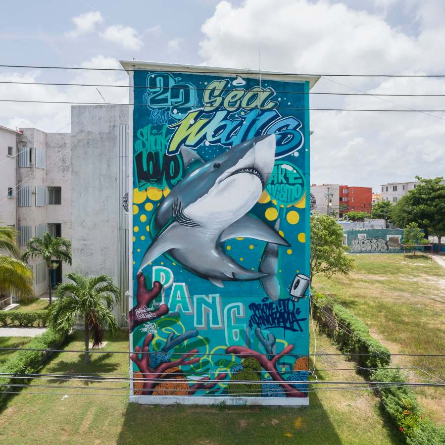 Poket, Sea Walls: Artists for Oceans Street art festival Cancun, Mexico 2017. Photo Credit Tre' Packard.