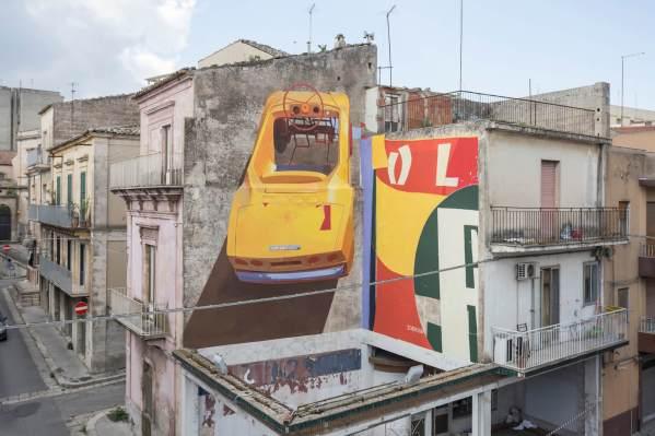 Zoerism, FestiWall Street Art Festival, Ragusa, Sicily 2017. Photo Credit Marcello Bocchieri