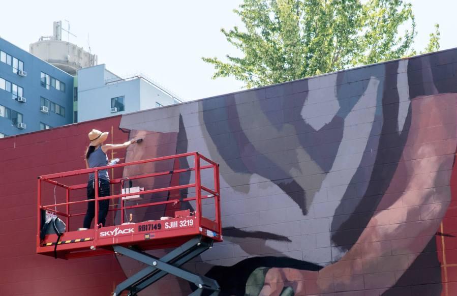 Hyuro, 20x21 Street Art Project, Eugene 2017. Photo Credit Maricel Teague, Imagination International