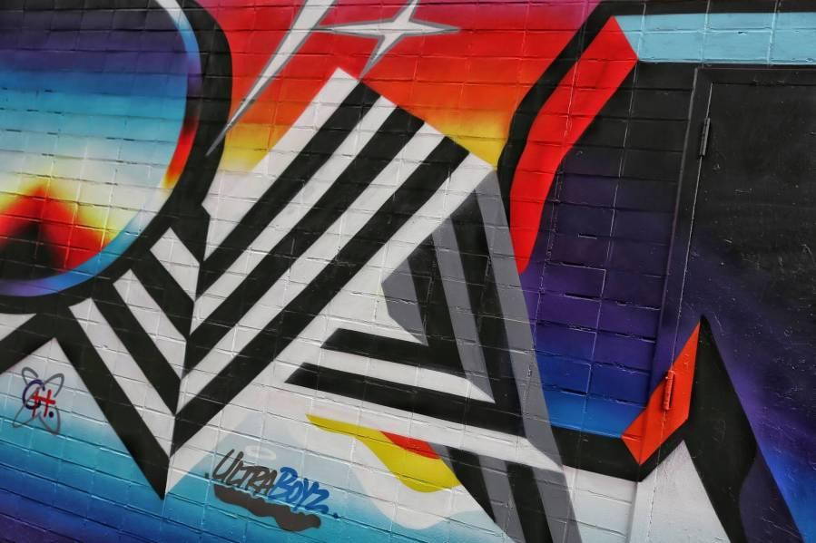 felipe-pantone-st-artnow-Ludlow-St-Delancey-New-York-street-art-just-a-spectator-9