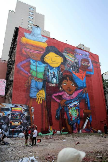 Os Gemeos, New York double mural celebrating the '80's Hip Hop scene 2017. Photo Credit Just_a_spectator