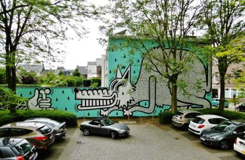 joachim-street-art-mural-dog-bone