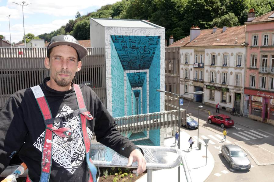 Astro, Street Art Mural in Épinal, France 2018. Photo credit galerie Mathgoth