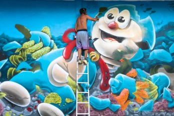 Frosk-Sea-Walls-Murals-for-Oceans-Bali-2018-street-art-pangeaseed-pc-tre-packard-8