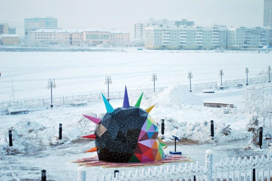 okuda-street-art-sculpture-yakutsk-russia-snow-8