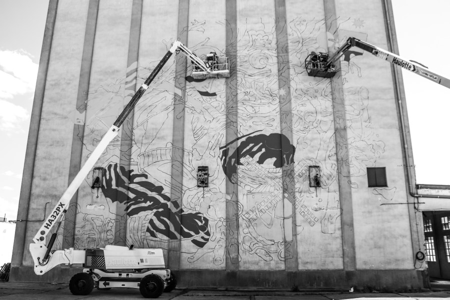 Bicicleta-sem-Freio-titanes-street-art-silos-Ciudad-Real-pc-ink-and-movement-1