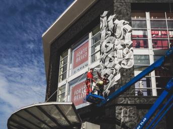 Moscow-Atrium-Mall-street-art-russia-52