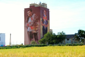 Fintan Magee-Titanes-social-inclusion-silo-street-art-museum-the-plain-of-La-Mancha-ciudad-real-pc-David-Fernández-1