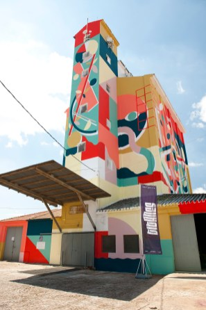 Hell_O-Titanes-social-inclusion-silo-street-art-museum-the-plain-of-La-Mancha-ciudad-real-pc-Elchino-Po-7