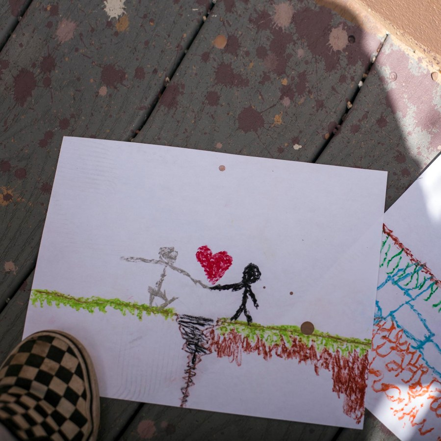 Pat-Perry-Opening-Lines-Connecting-Communities-Street-Art-Iraq-USA-2019-pc-samantha-robison-1