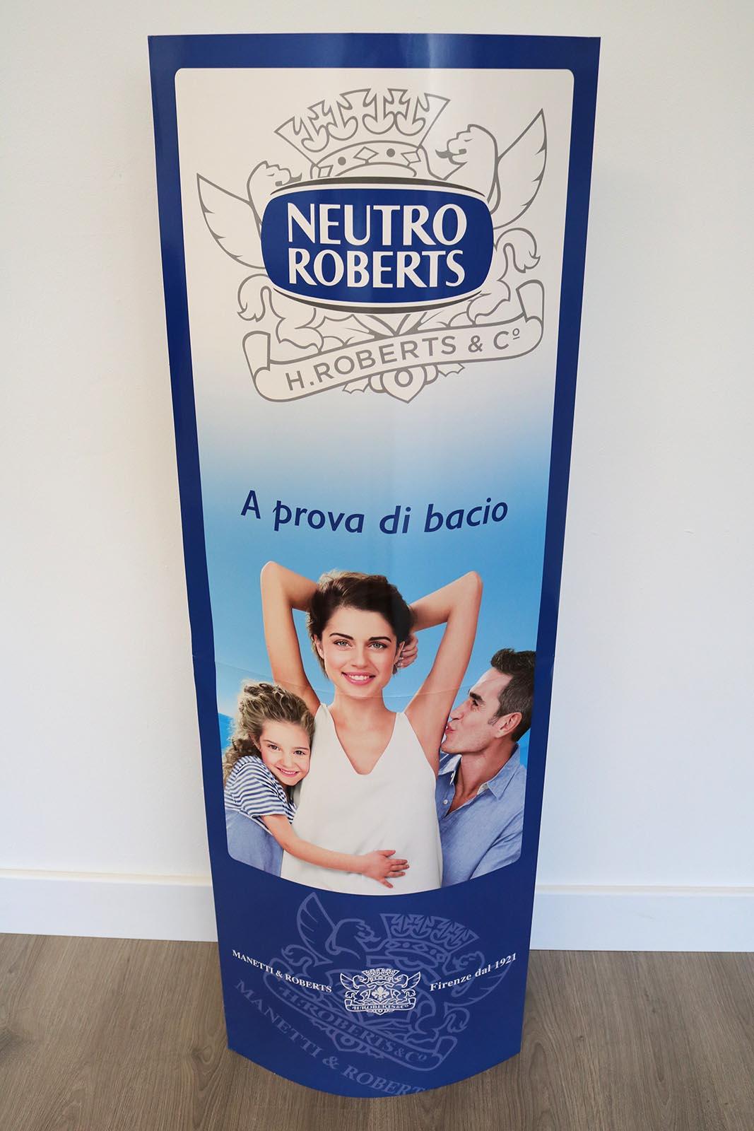 totem-pubblicitario-cartone-neutro-roberts