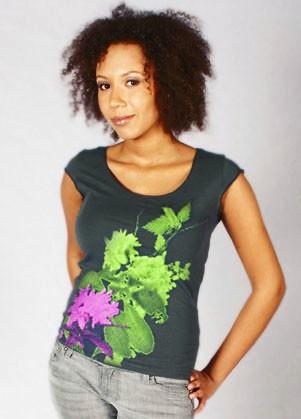waldbrand clothing, shirts, siebdruck,textildruck, bekleidung, grafikdesign shirts, models, fotomodel, fotoshooting, fotografie, fotograf, essen, ruhrgebiet, bochum