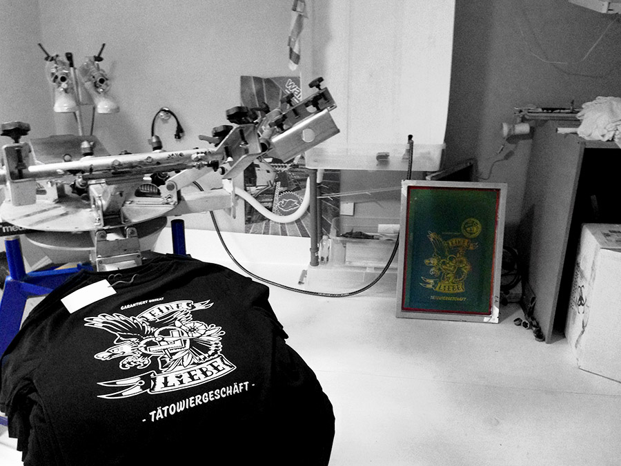 Siebdruck-werkstatt, atelier, grafik-labor, siebdruck-workshop, siebdruck-studio, kurse, lehrgänge, workshops, design, media, agentur, waldbrand