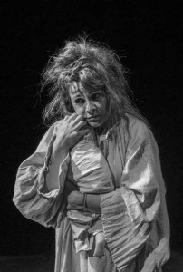 Un-grec-la-Săpânţa-sau-Alegorie-despre-moarte-la-teatru4