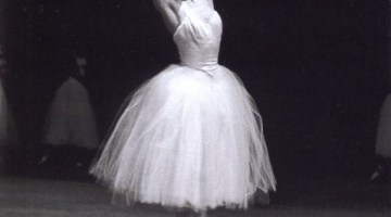 Carla Fracci gives her first ever masterclass… Giselle