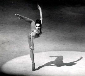 Maina-Gielgud-Bhakti-Bejart-1969