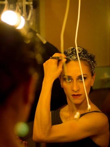 Marianela Nuñez prepares for the black swan