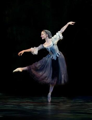Daria-Klimentova-as-Cinderella