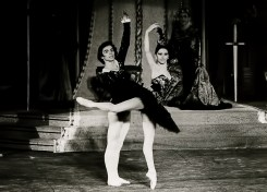 Liliana-Cosi-and-Rudolf-Nureyev-3