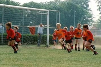 Marijn-Rademaker-playing-football-as-a-boy