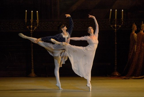 Xander Parish with Viktoria Tereshkina in Romeo and Juliet - photo by Valentin Baranovsky