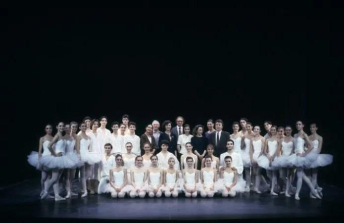 Anna Maria Prina and students of the La Scala Ballet School in 1992