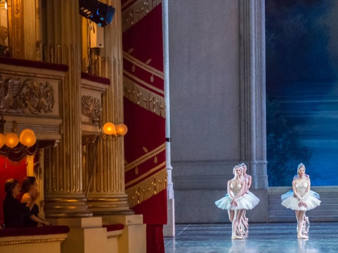 Applause for Swan Lake, La Scala 2014