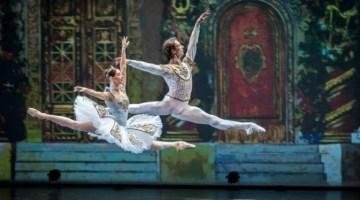 Jack Devant, ballet photographer:  freezing the beauty