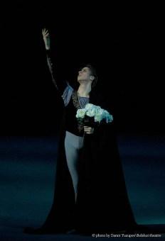 Andrey Merkuriev in Giselle © photo by Damir Yusupov - Bolshoi Theatre