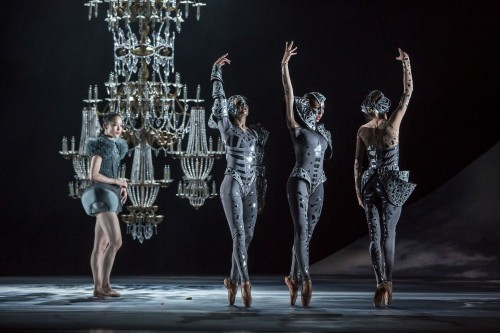 Casse-Noisette - Ballet du Grand Théâtre de Genève - photo Gregory Batardon