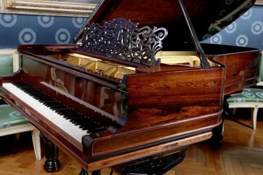 Pianoforte appartenuto a Liszt 2