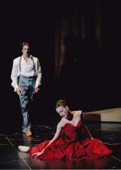 Ludmila Pagliero with Mathieu Ganio in Jose Martinez's Les Enfants du Paradis - photo Sebastien Mathe