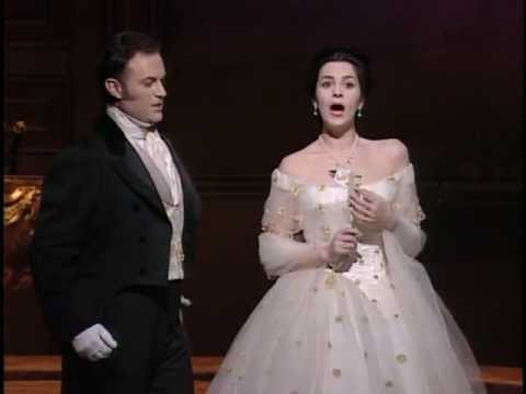 Frank Lopardo in the video of La Traviata with Angela Gheorghiu