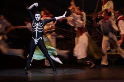 Massimo Garon as Obscurantism - photo by Brescia and Amisano Teatro alla Scala