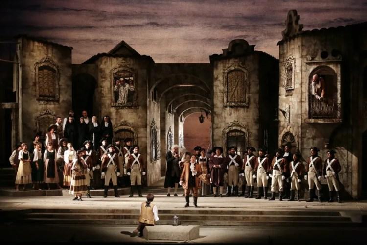 Jean-Pierre Ponnelle's delightful production of Il barbiere di Siviglia - Brescia-Amisano, Teatro alla Scala