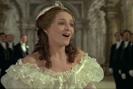Federica von Stade as Cenerentola in the video of Jean-Pierre Ponnelle's production