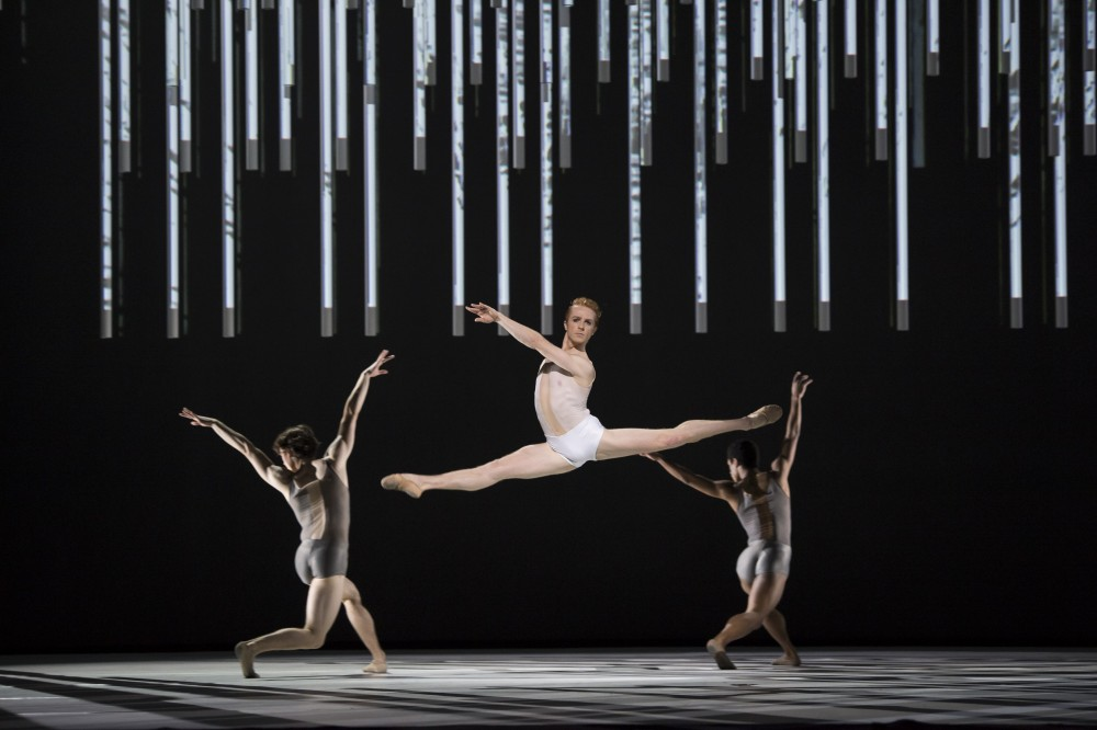 Connectome with Steven McRae ©ROH, 2015. Photographed by Bill Cooper