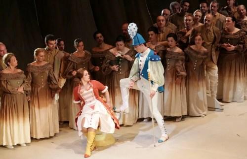 Eleonora Buratto and Mattia Olivieri in L'elisir d'amore -  Teatro alla Scala Brescia and Amisano © Teatro alla Scala 2015