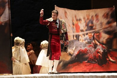 Massimo Cavalletti in Carmen at La Scala 2015 - photo Brescia and Amisano, Teatro alla Scala